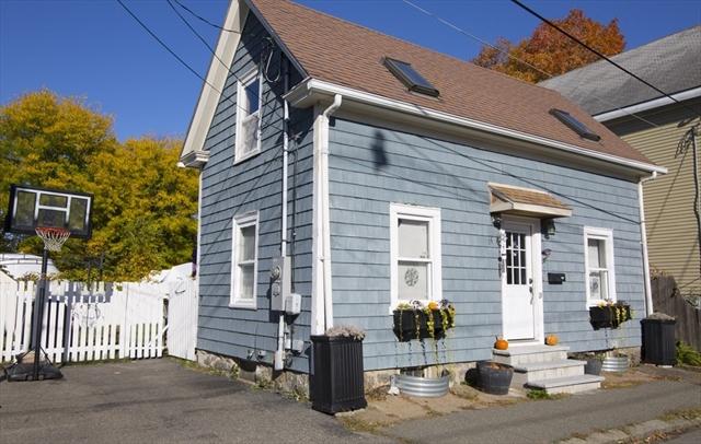 14 Burnside Street Salem MA 01970
