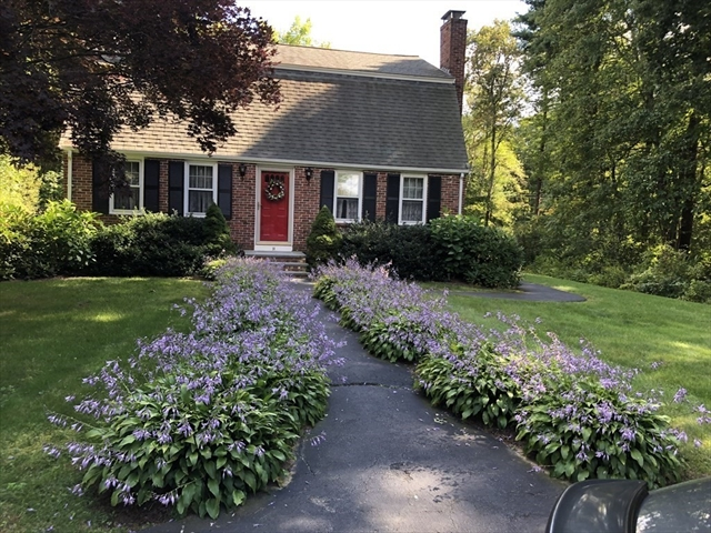 31 Tiffany Circle West Bridgewater MA 02379