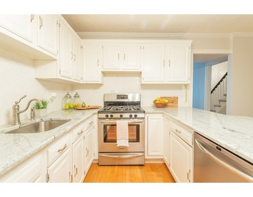 2 Beds, 1 Bath home in Boston for $724,900