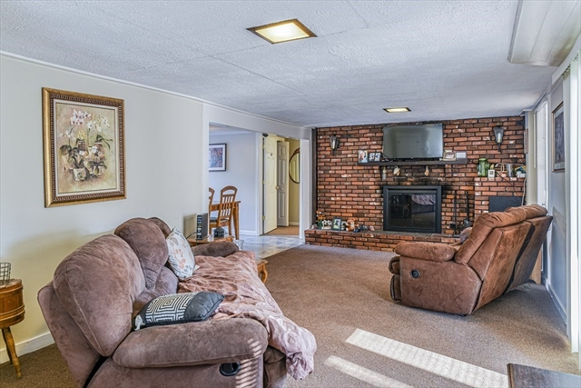 27 Cypress Road Attleboro MA 02703