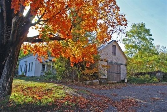 346 Leyden, Greenfield, MA: $225,000