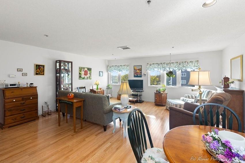 38 Dunham Rd, Beverly, MA Image 12
