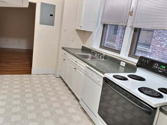 1390 Beacon Street Brookline MA 02446