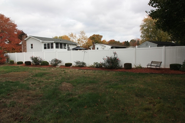 42 Red Fox Drive Agawam MA 01030