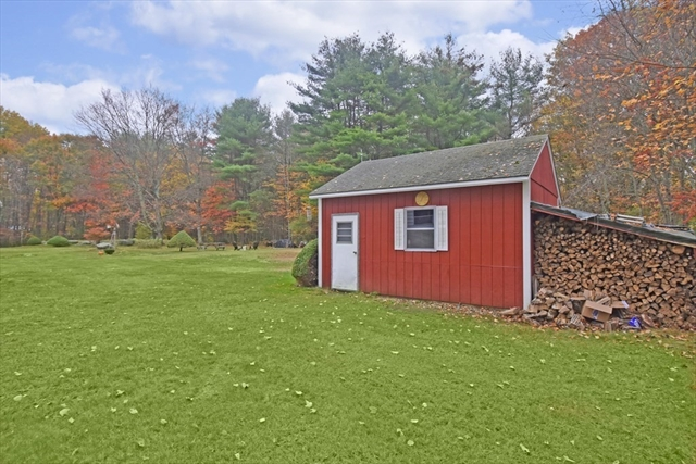 27 Neale Road Royalston MA 01368