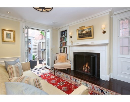 4 Beds, 4 Baths home in Boston for $3,295,000