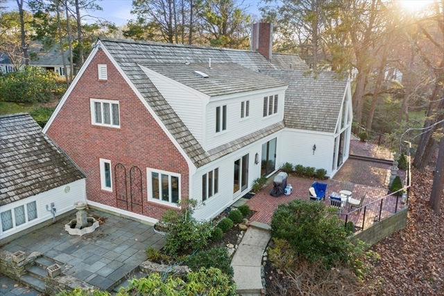 61 Cliff Road Weston MA 02493