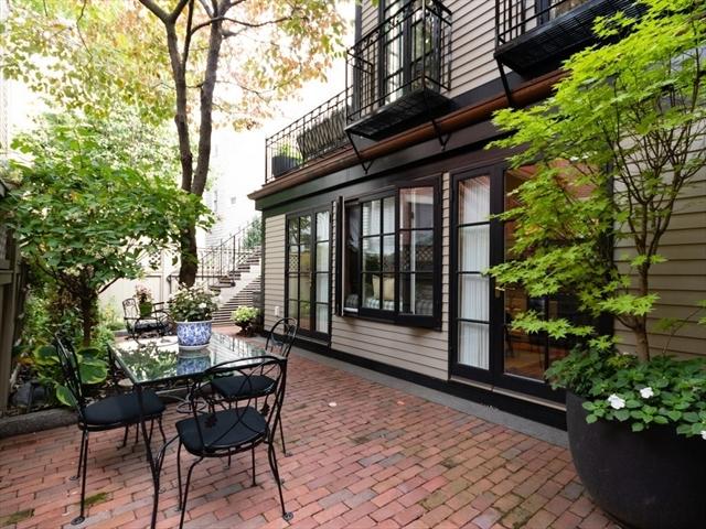 29 Mount Vernon Street Boston MA 02129