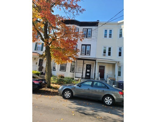 5 Beds, 3 Baths home in Boston for $899,000