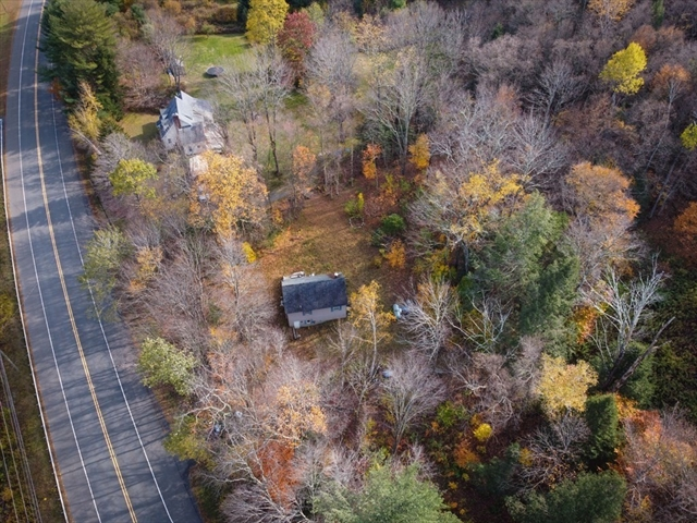 629 Berkshire Trail Cummington MA 01026