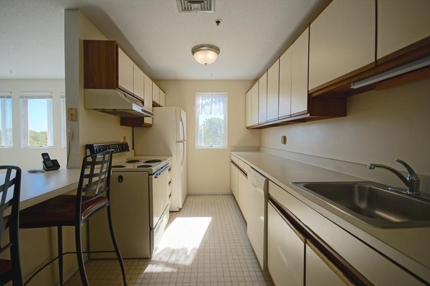 36 Dunham Rd, Beverly, MA Image 8
