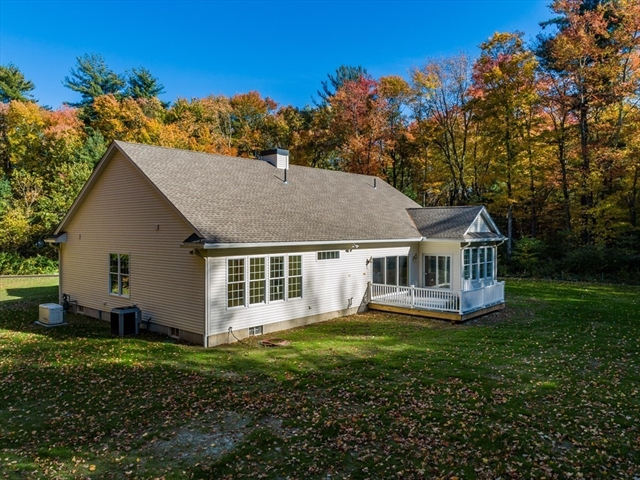 99 Mapleshade East Longmeadow MA 01028