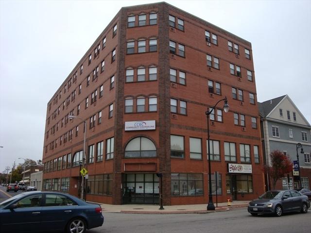 5 Bank Street Attleboro MA 02703