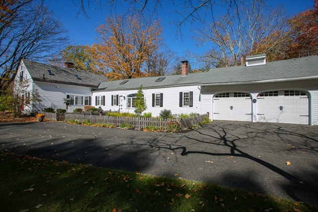 82 Chestnut Hill Loop Montague MA 01351