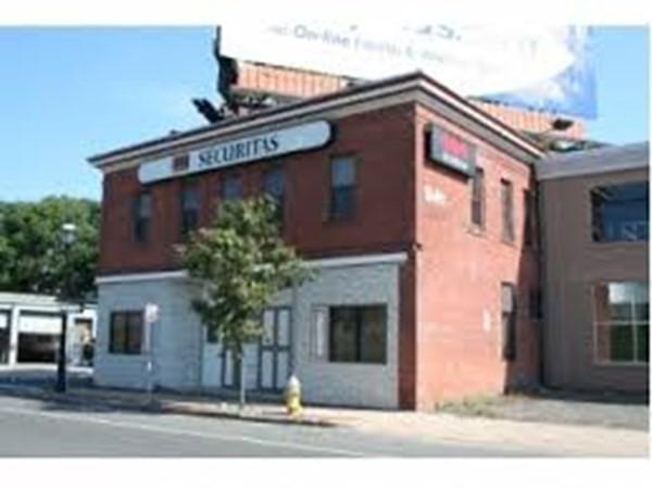 939-943 E Columbus Avenue Springfield MA 01105