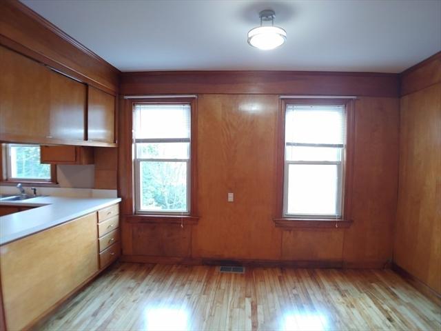 15 McGill Street Worcester MA 01607