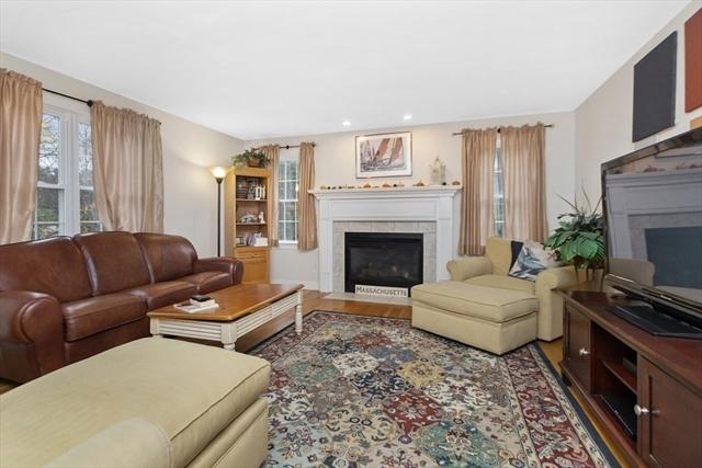 32 Pierce Avenue Westford MA 01886