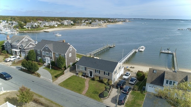 28 Bay Shore Road Barnstable MA 02601