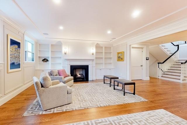 212 Commonwealth Avenue Boston MA 02116