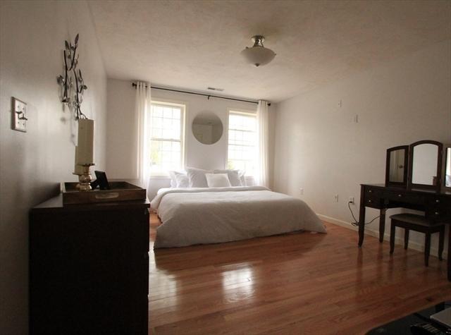 124 Dingwell Street Lowell MA 01851