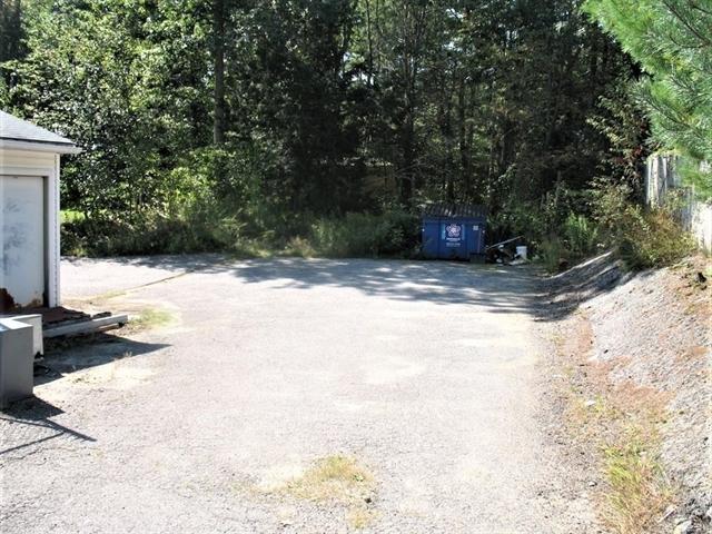 529 E County Road Rutland MA 01543
