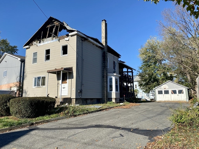 79 Lowell Street West Springfield MA 01089