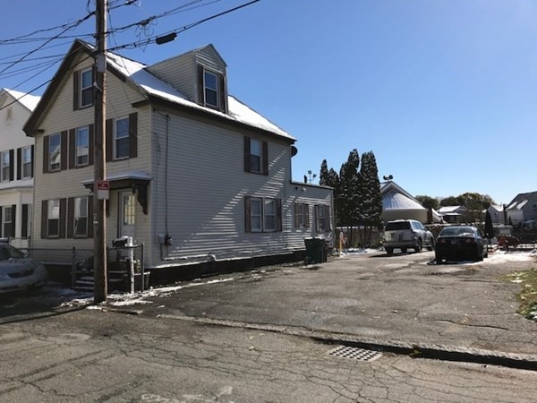 25 Keene Street Lowell MA 01852