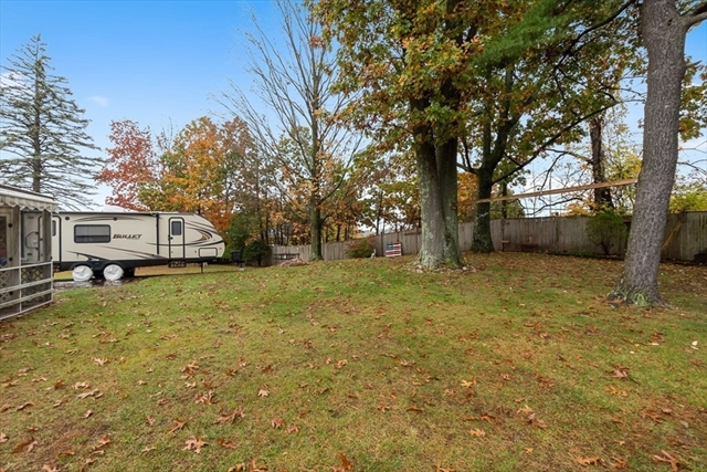 4 Pinedale Road Auburn MA 01501