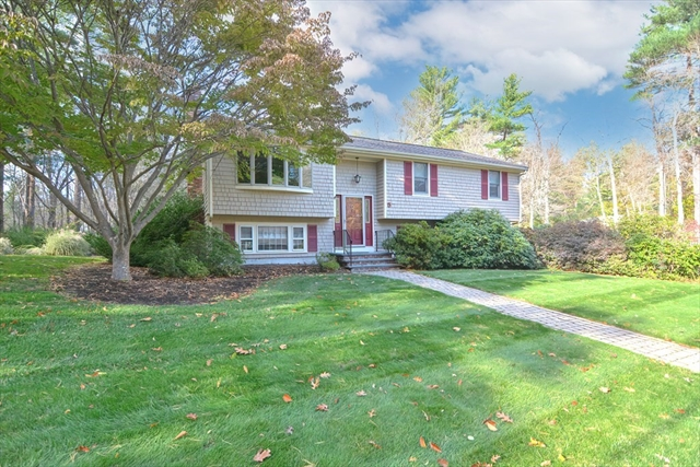 5 Bridle Lane Easton MA 02375