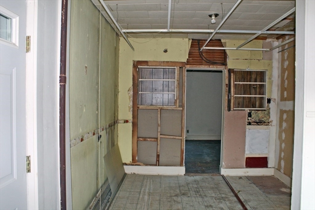 165 School Street Greenfield MA 01301