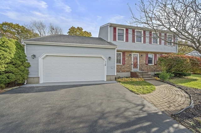 115 Essex Heights Drive Weymouth MA 02188