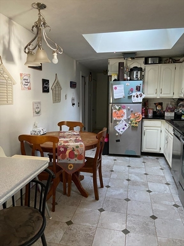 35 Tiverton Parkway Worcester MA 01602