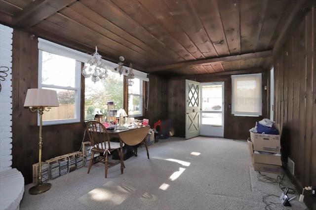 34 Meadow Lane Acushnet MA 02743