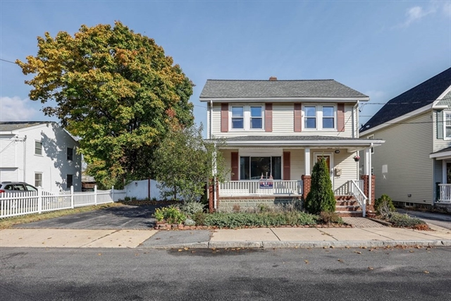 139 Washington Circle Woburn MA 01801