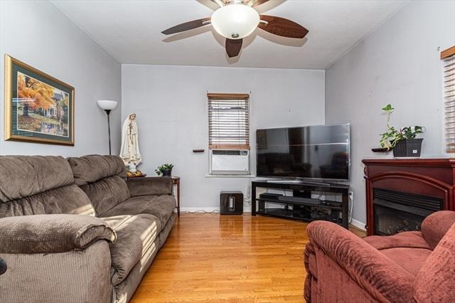 129 Crawford Street Lowell MA 01854
