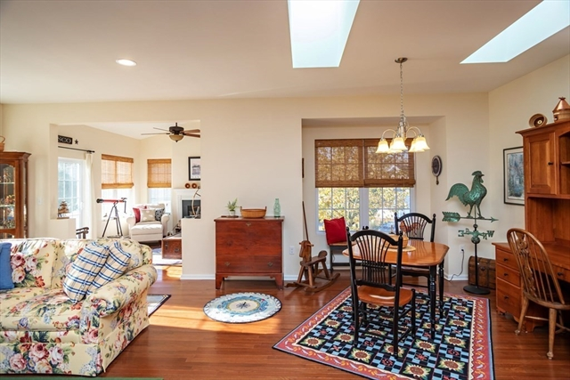 107 Old Field Road Plymouth MA 02360