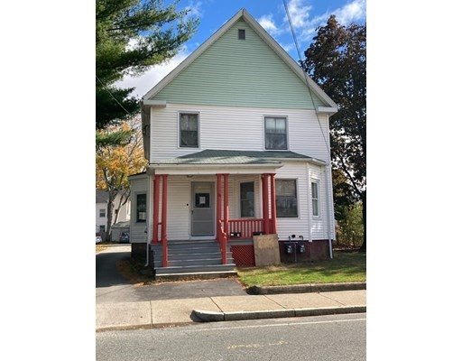4 Beds, 2 Baths home in Attleboro for $380,000