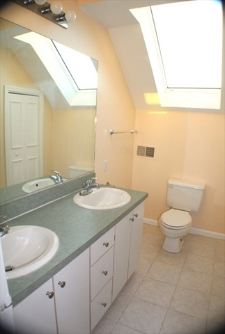 609 White Cliff Drive Plymouth MA 02360