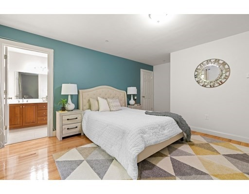 1401 Centre St #1401, Boston, MA 02132