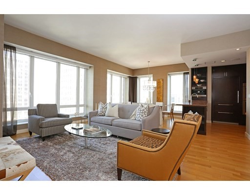 3 Beds, 3 Baths apartment in Boston, Back Bay for $14,000