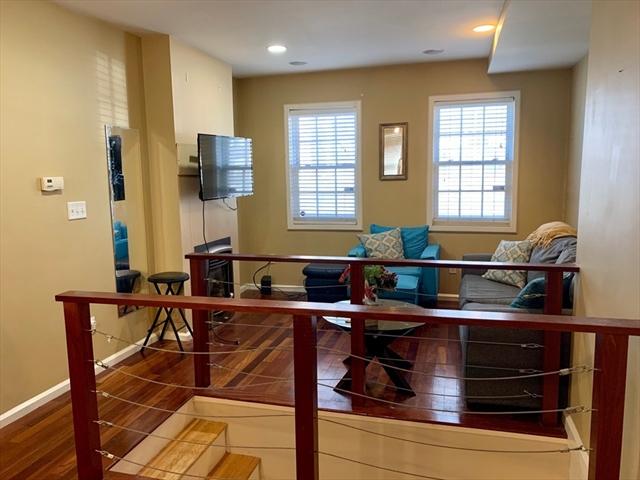 5 Stillman Pl, Boston, MA, 02113, North End Home For Sale