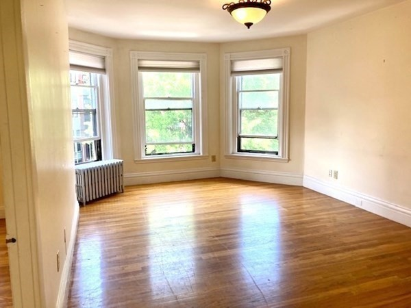 295 Newbury Street Boston MA 02115