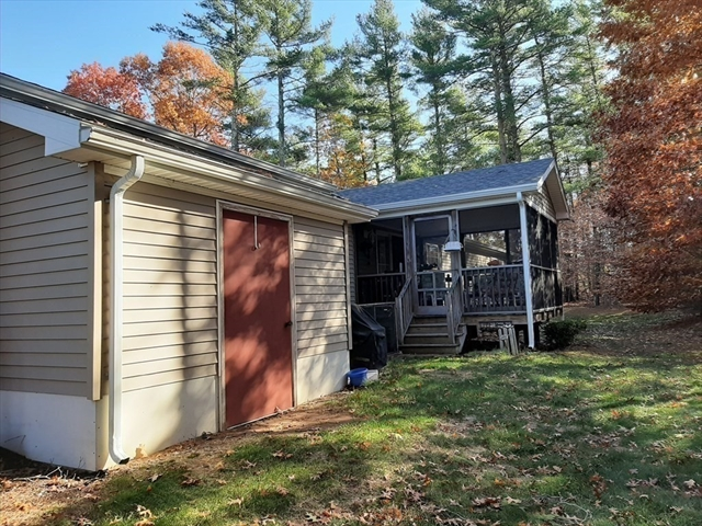 2610 Simmons Road Middleboro MA 02346