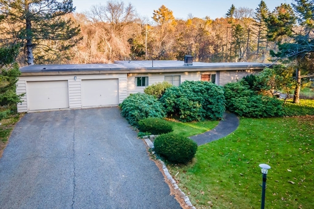 69 Drabbington Way Weston MA 02493