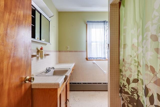 18 Winslow Street Provincetown MA 02657