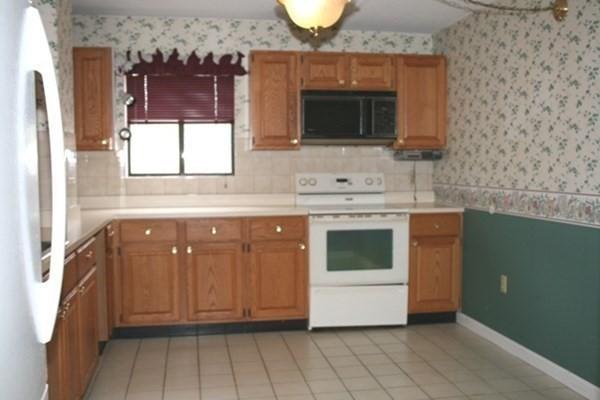198 Locust Street Lynn MA 01904