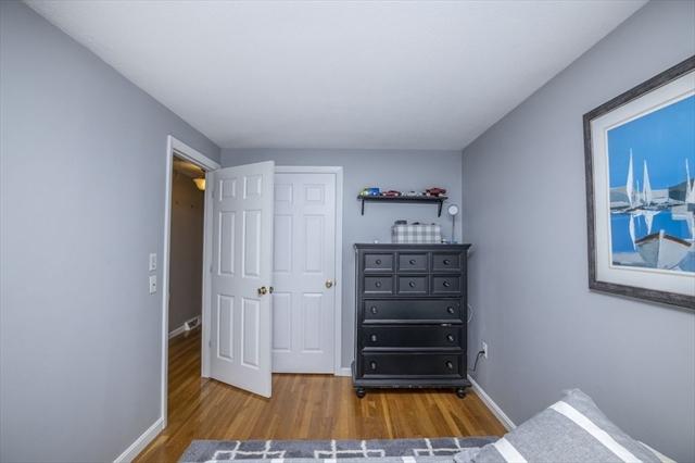 402-402A Holmes Street Halifax MA 02338