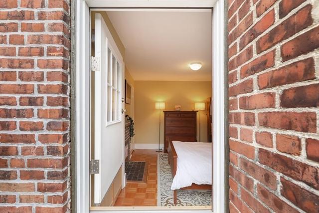 61 W Cedar Boston MA 02114