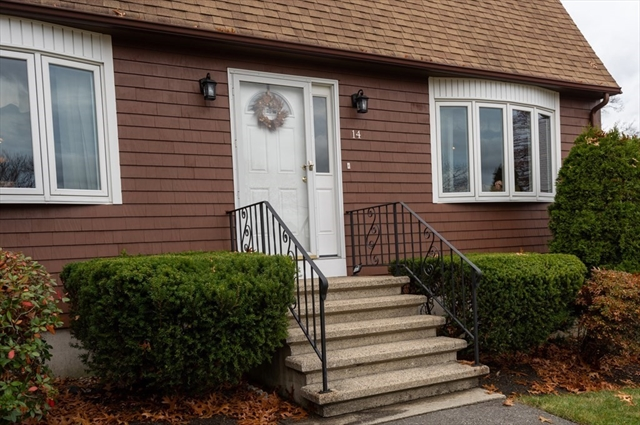 14 Edgemere Avenue Burlington MA 01803
