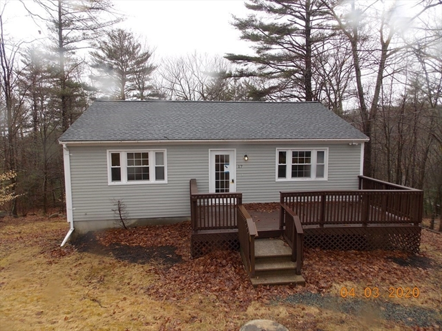 17 Lake View Drive Ashburnham MA 01430